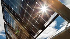 Advantages of bifacial PV panels
